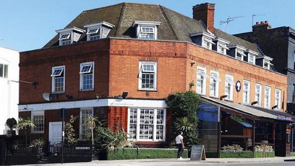 Chelsea Lodge