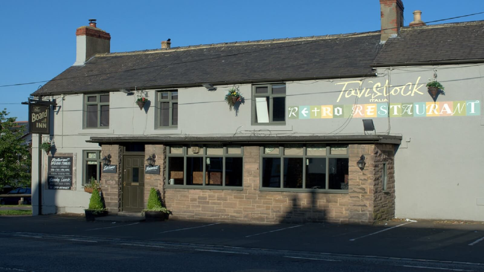 Tavistock Italia Gastro Pub at The Board Inn