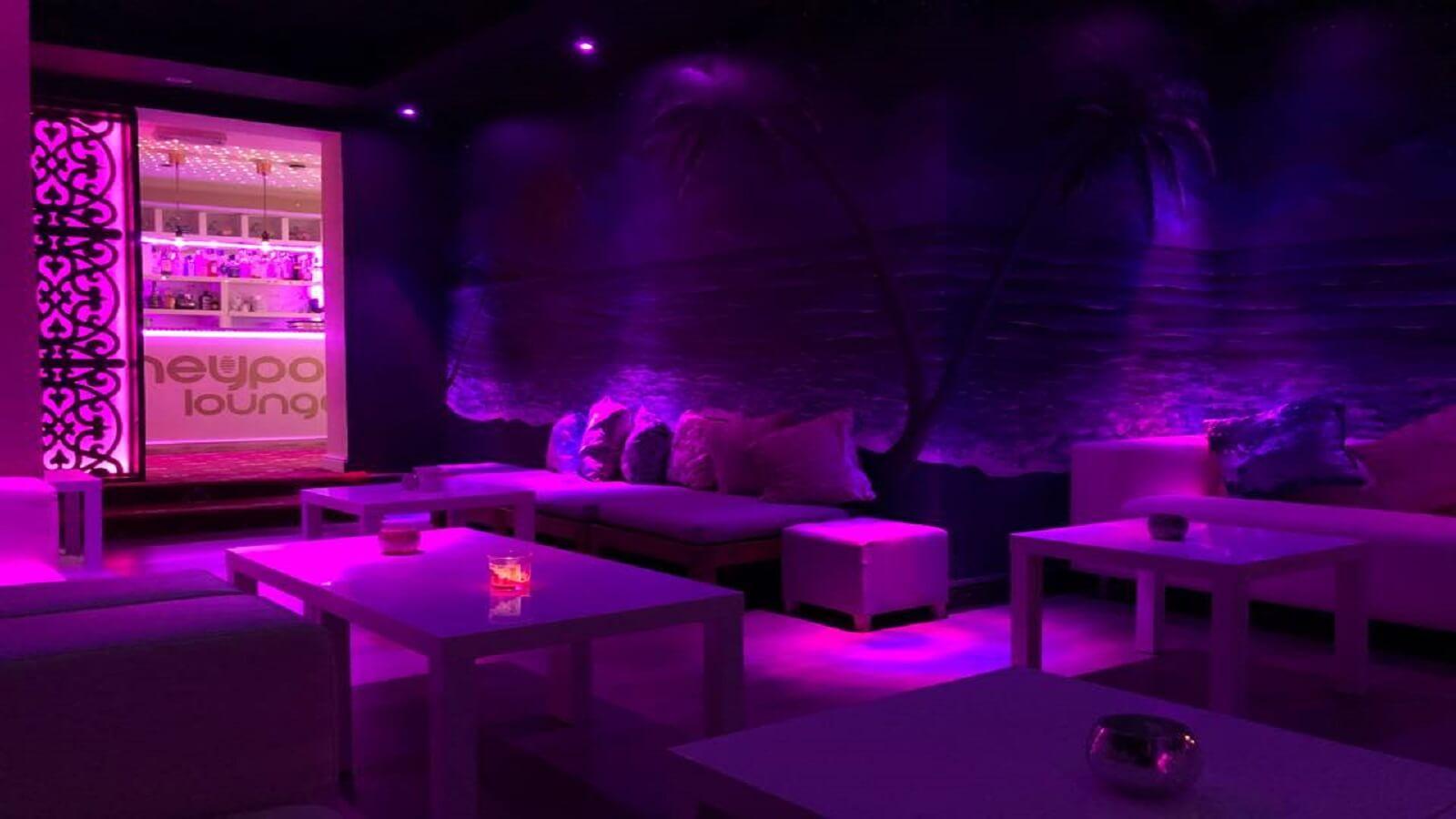 Mauchak The Honey Pot Lounge