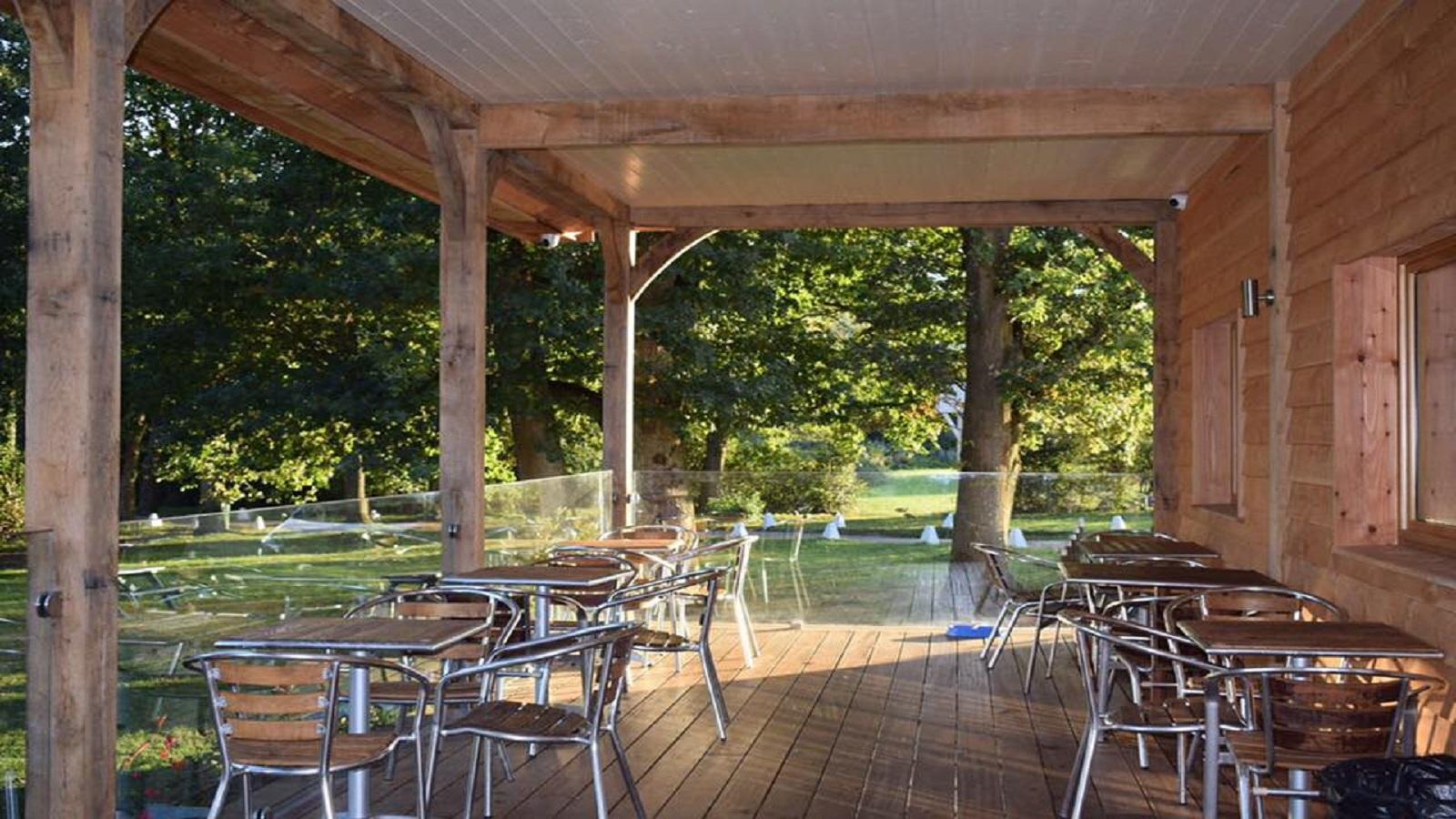 Lakeside View Pub